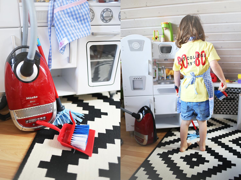 haushalt mit kleinen kindern 10 tipps mit denen aufr umen und putzen zum kinderspiel wird. Black Bedroom Furniture Sets. Home Design Ideas